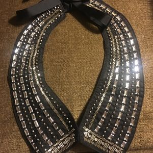 Accessories - NWOT  Collar necklace with bling.